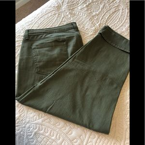 Style and Company cuffed capris